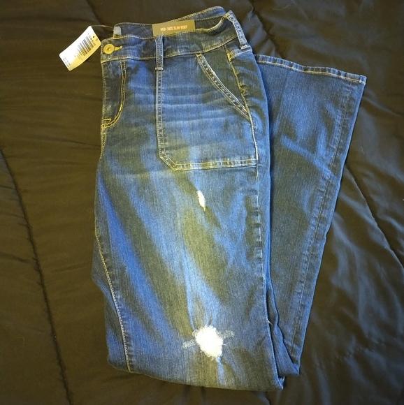 Torrid Mid-Rise Slim Bootcut Jeans-NWT